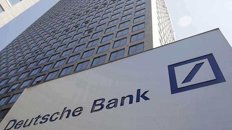 A Deutsche Bank igazgatója 23 év után távozik