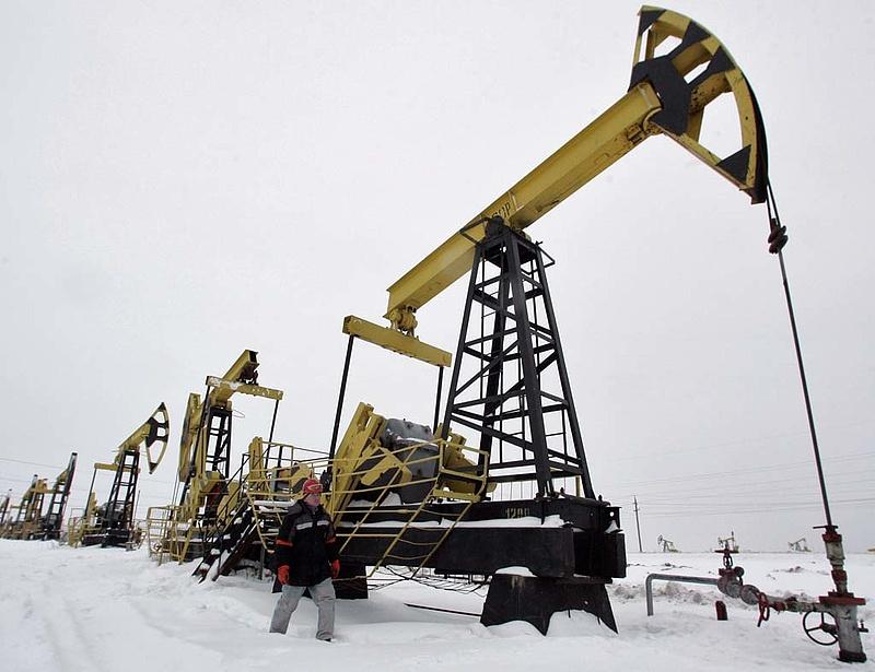 Kiszámolták, meddig elég a Föld olajtartaléka