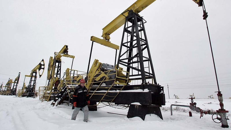 Az olaj árához igazítják az orosz költségvetést