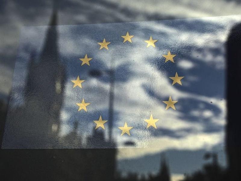 Magyarországnak választania kell márciusig, nincs idő újabb kekeckedésre