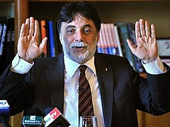 Tárca nélküli miniszterként folytatja Fellegi