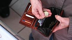 Pangás a boltokban - hová tűnik a magyarok megemelt fizetése?