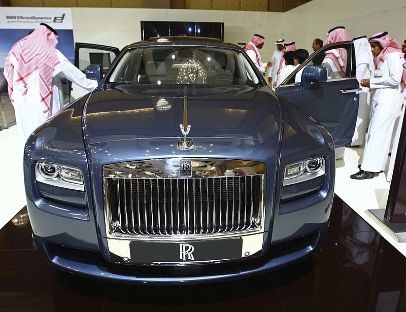 Lábon elkelt a kakukkmákos Rolls-Royce