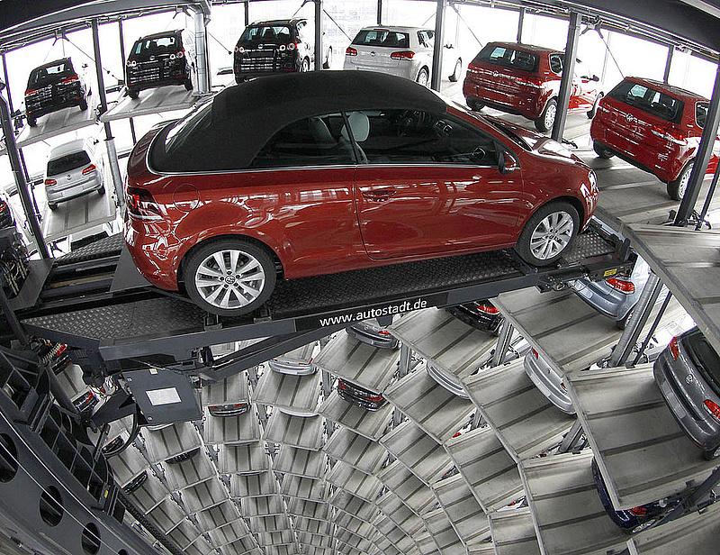 Szenved a Suzuki - magyar szintre zuhant a görög újautópiac