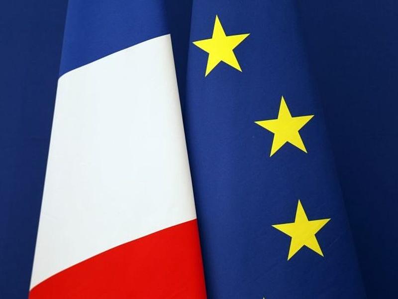 Elvitték a francia kötvényeket