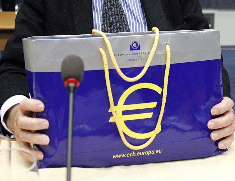 Portugál papírokat vásárolhatott az ECB