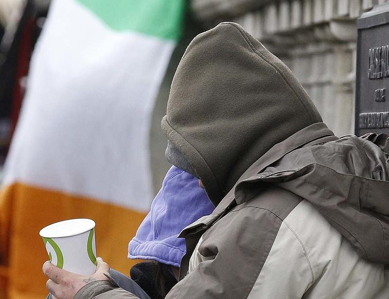 Pénzhez jut Írország