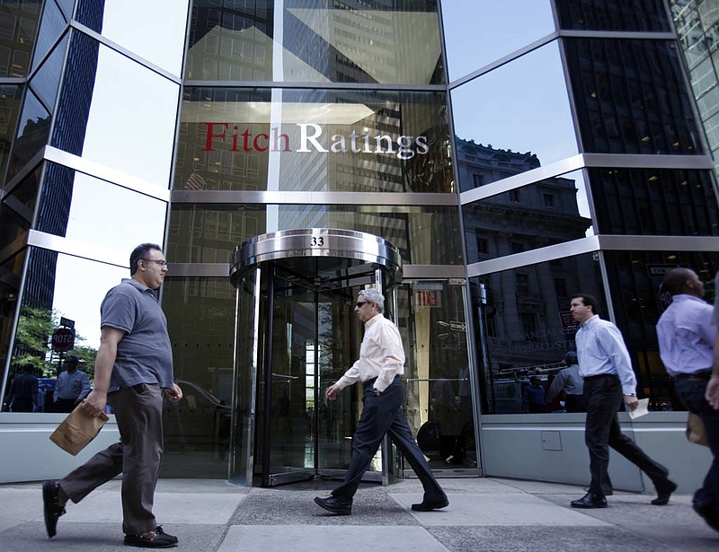 Megdicsérte a hazai bankokat a hitelminősítő