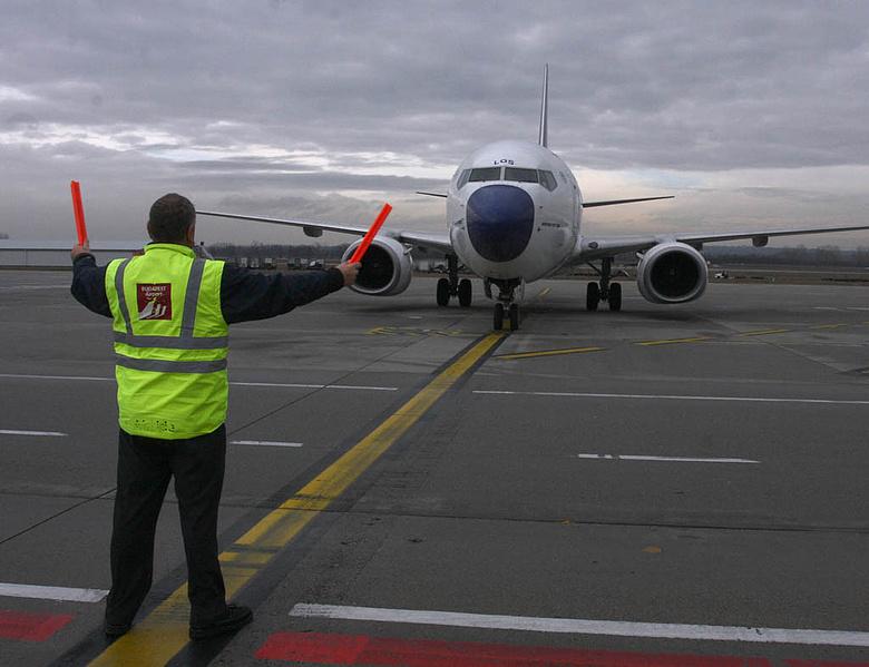 légi csatlakozás fenyő liget beakasztani