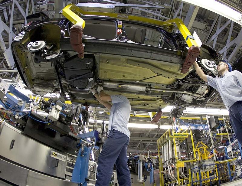 Kormánytámogatást várnak az autógyártók