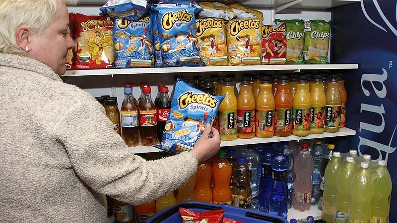 Mennyit ért a béremelés a magyar boltokban? - Meglepő adatok derültek ki