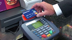 Nagy változások jönnek a fizetésben