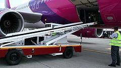 Pánik alakult ki a Wizz Air egyik járatán