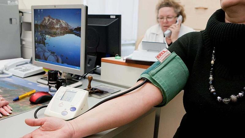 Ötvenezer magyar bukja az egészségügyi ellátását - nincs esély javulásra?