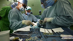 Nem nyilvános kormányhatározat rendelt el kórházi létszámstopot - reagált a kórházfenntartó és a kórházszövetség (frissítés)