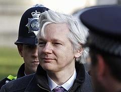 Pórul járt a WikiLeaks alapítója