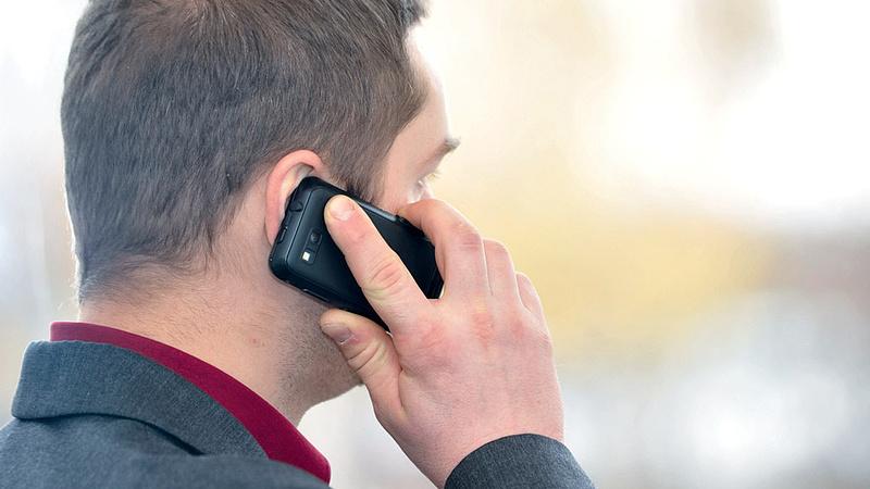 Koronavírus: nyilvános a várva várt telefonszám