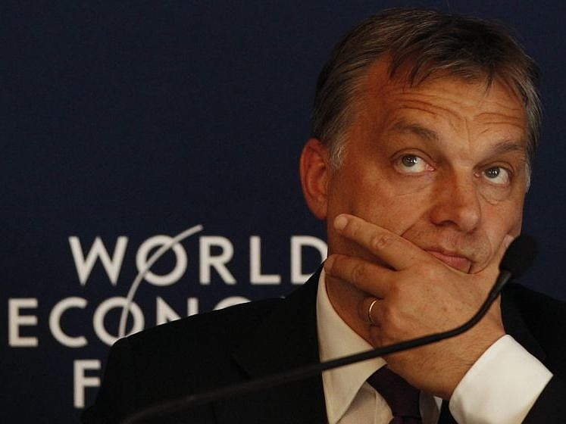 300 forintos euró jöhet Orbán horror show-ja után