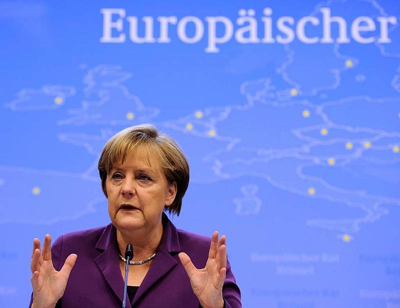 Merkel kizártnak tartja a közös európai felelősségvállalást