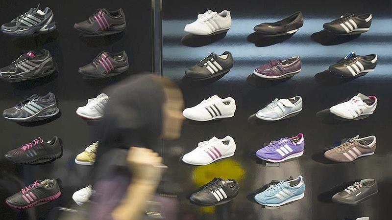 Ennyiért ruházza a magyar sportolókat az Adidas