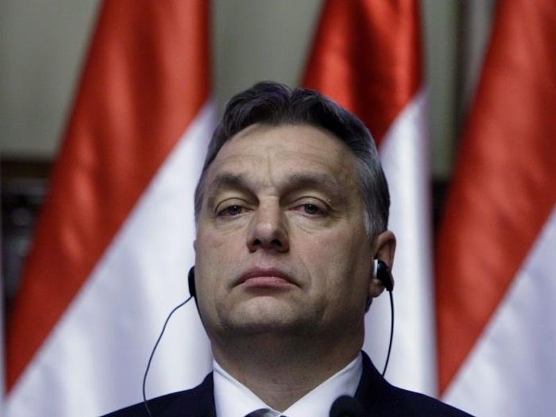 Orbánnal példálózik a BBC