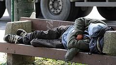 Európai Parlament: Meg kell szüntetni a hajléktalanság büntethetőségét!