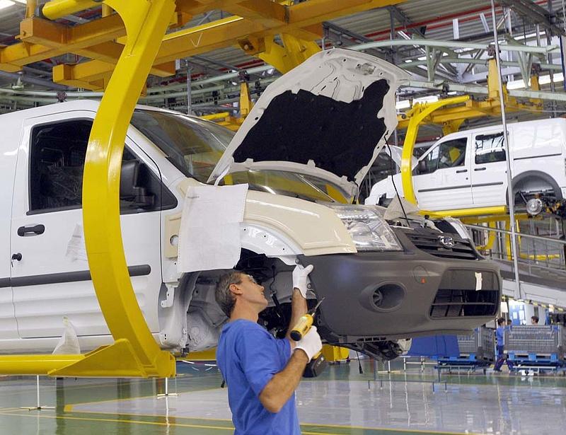 Romániában 3 százalékkal nőttek az ipari megrendelések