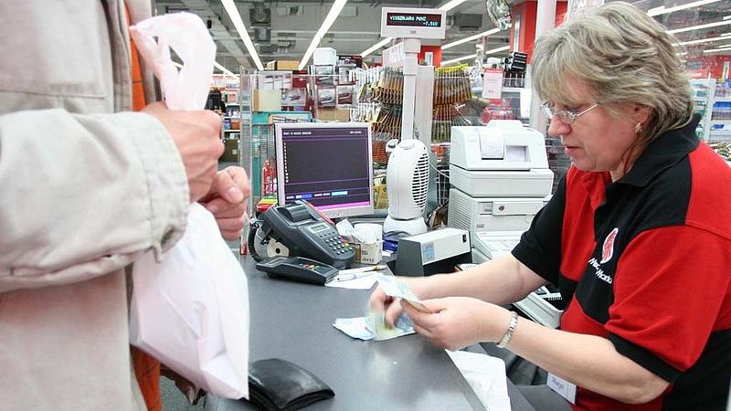 Rég látott, de örömteli bajokkal küzdenek a boltok