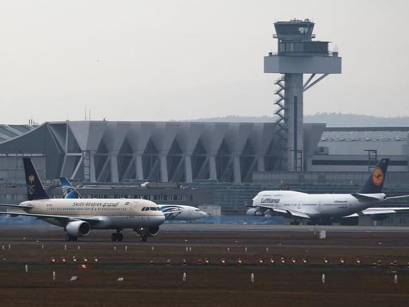 Két utasszállító ütközött a frankfurti reptéren