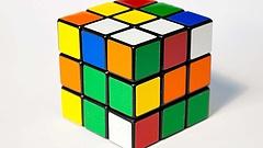 Mégsem gyárthat bárki Rubik-kockát - állítja a gyártó