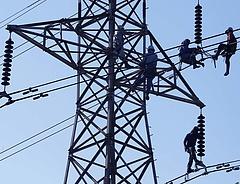 Csökkentheti az áramárat a cseh-szlovák-magyar közösködés