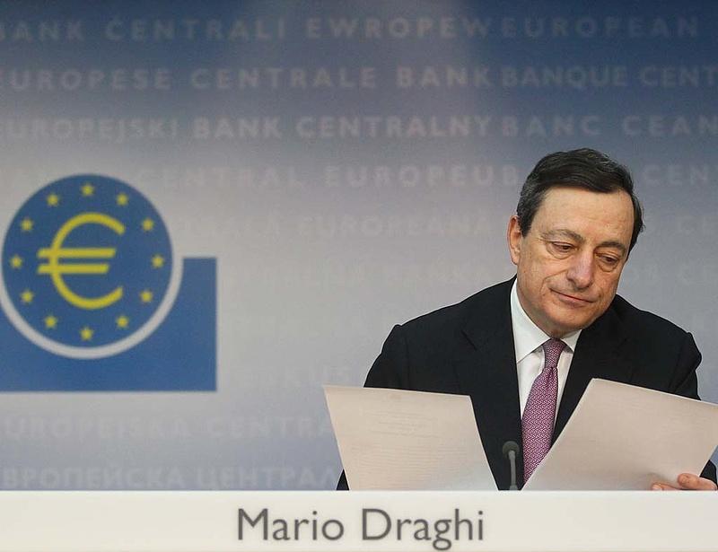 Erre várt a piac, így segít az ECB a bajba jutott eurózónás államokon