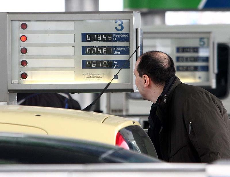 Csökkenhet a benzinár
