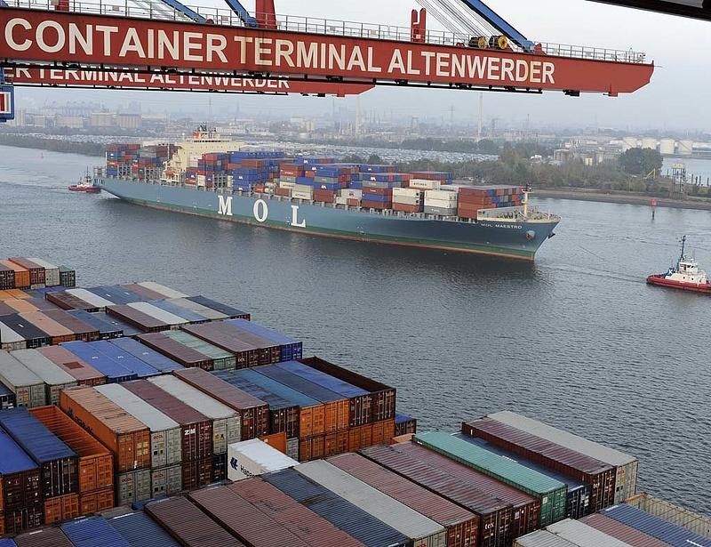 Külpiacokra menekülnének a kisebb magyar cégek