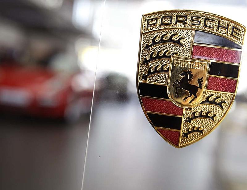 Óriási fordulat: villanyautókkal áll elő a Porsche