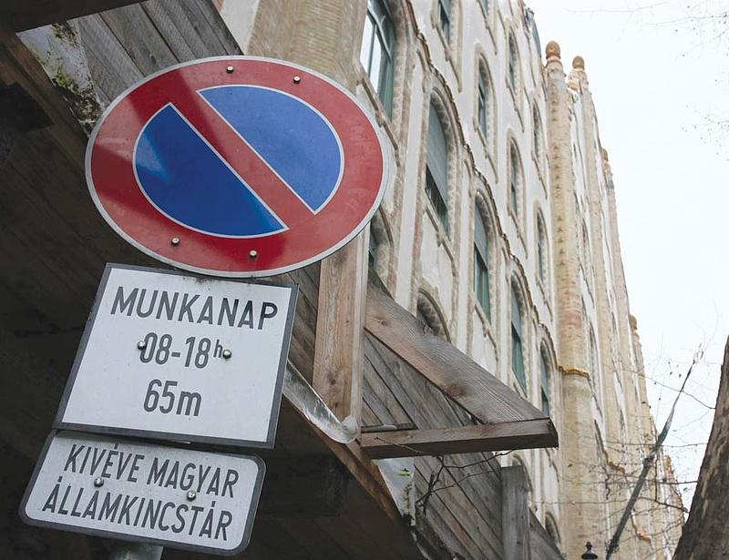 Nem fizet az unió - elszállt a magyar költségvetés