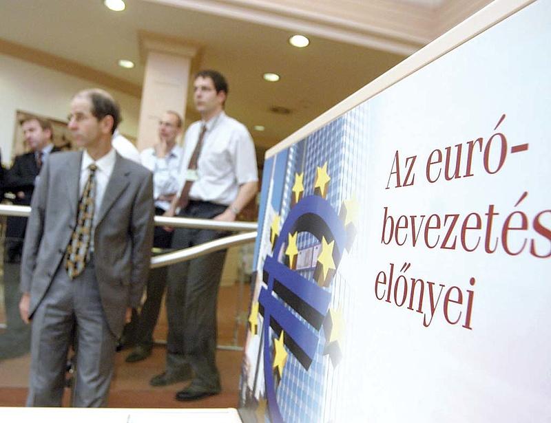 Nemsokára jöhet a bolgár euró
