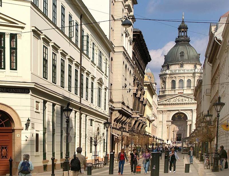 Visszatértek a lakáshitelekhez a magyarok