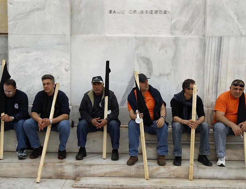 Riadót fújtak - fel kell készülni Görögország kiválására