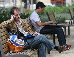Ilyen mobiltarifák várják nyáron az utazókat