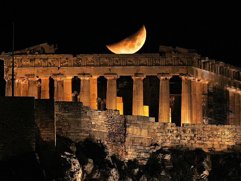 A görögöknek csak heteik vannak hátra?