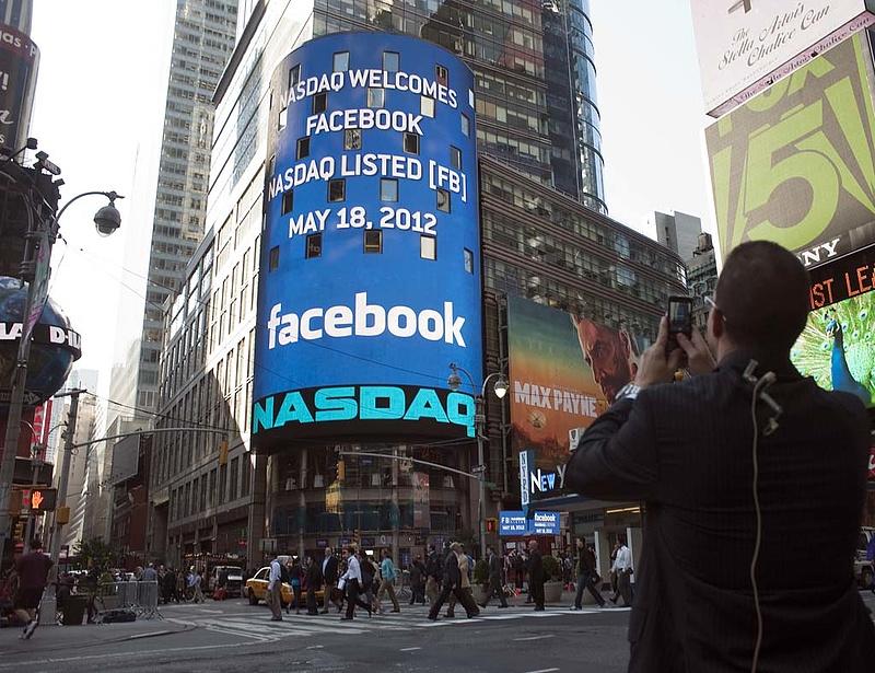 Kártérítést fizetne a Facebook-fiaskóért a Nasdaq