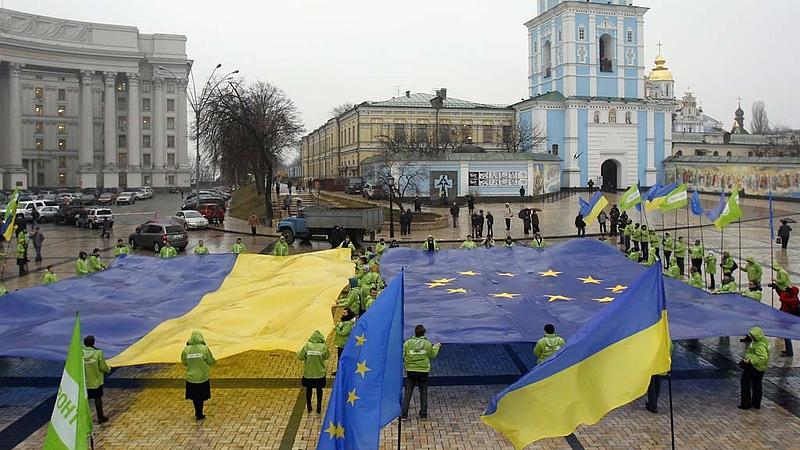 Gyorsan megkapja az uniós vízummentességet Ukrajna