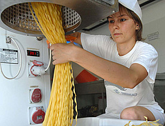 Új fejlesztési forrásokra számíthat az élelmiszeripar
