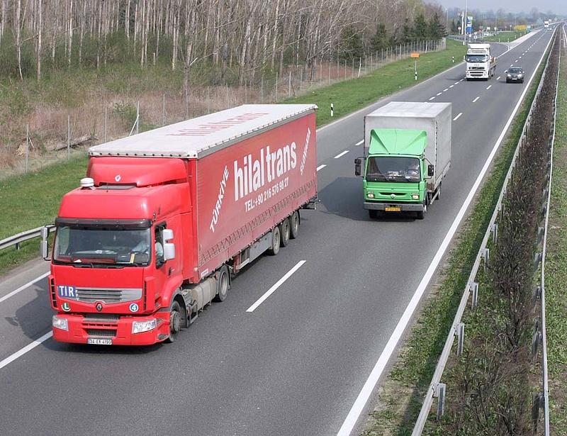 Fokozatosan vezethetik be a német autópályadíjat