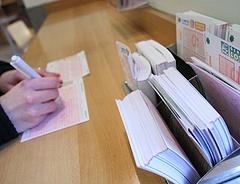 A lottóban reménykednek a magyarok