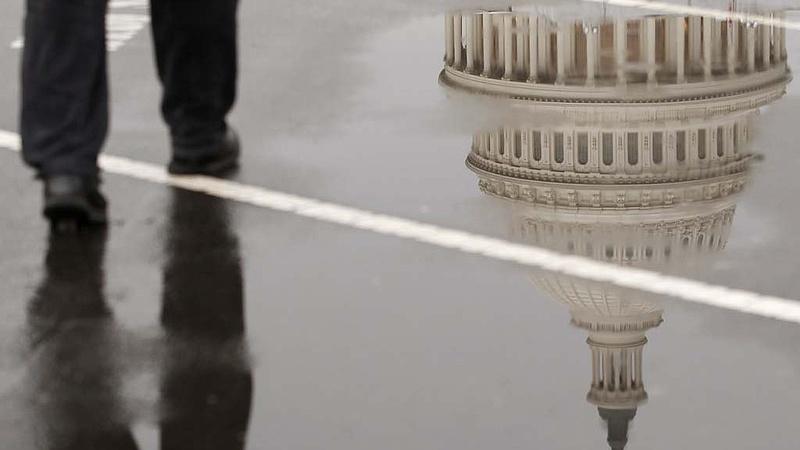 Az USA-t megcsapta két korábbi köztársaság bukásának szele, amiből tanulhat
