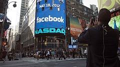 Példátlan összefogás a Facebook és a YouTube ellen