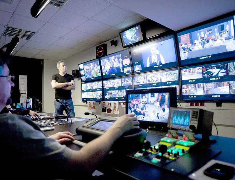Elsötétül a TV2 és az RTL Klub? - Hétfőn lejár a frekvenciaengedély