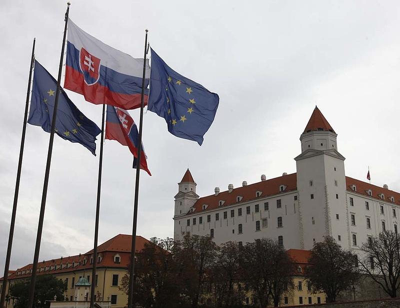 Duplázzák a szlovák IMF-kvótát